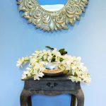 Suite Maria Schlegel - Tisch Mit Elegantem Spiegel